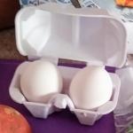 Pack of 2 unbroken eggs